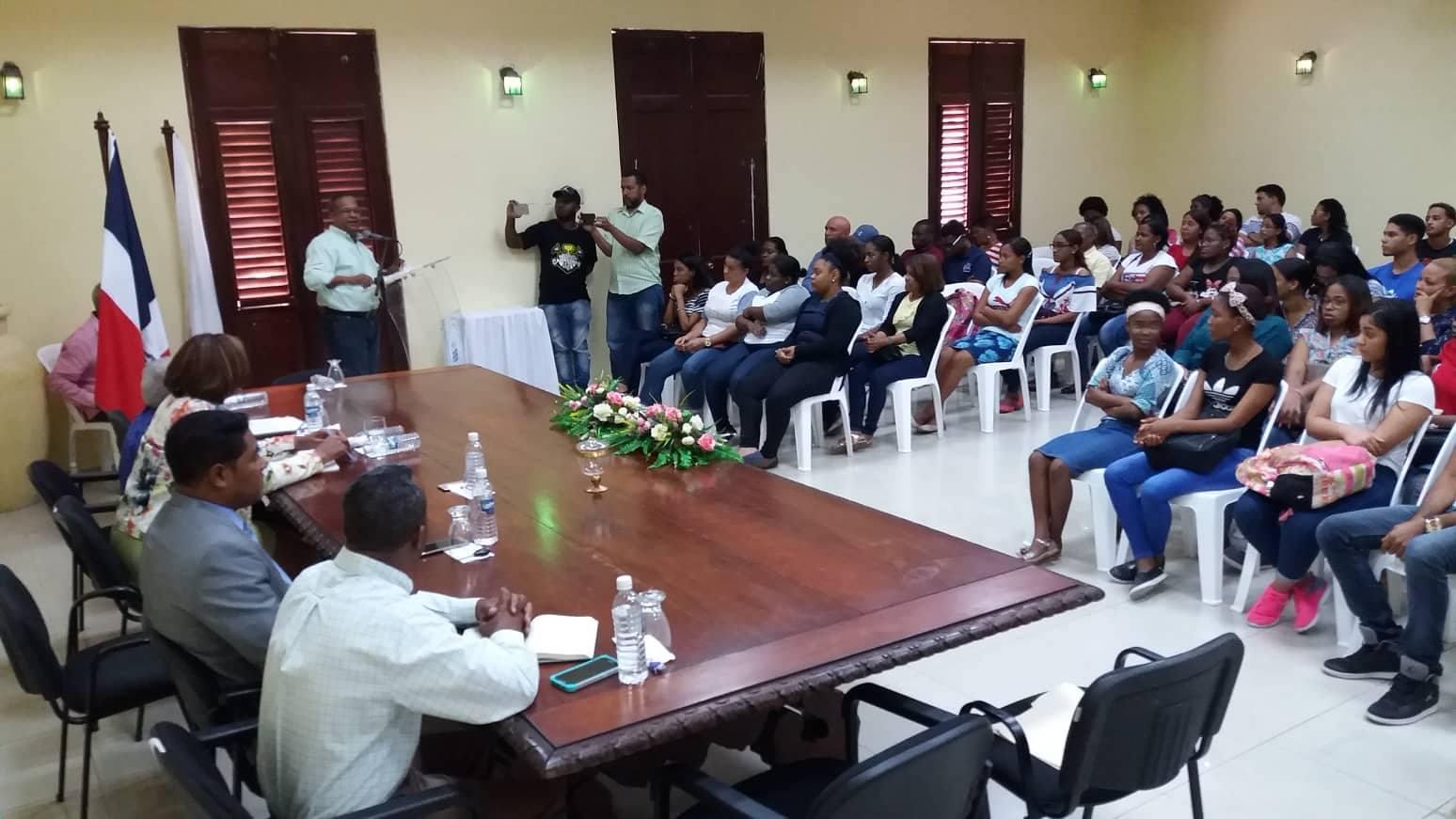 Ayuntamiento de San Pedro de Macorís, sortea 35nuevas medias becas universitarias correspondientes al cuatrimestremayo-agosto 2019.