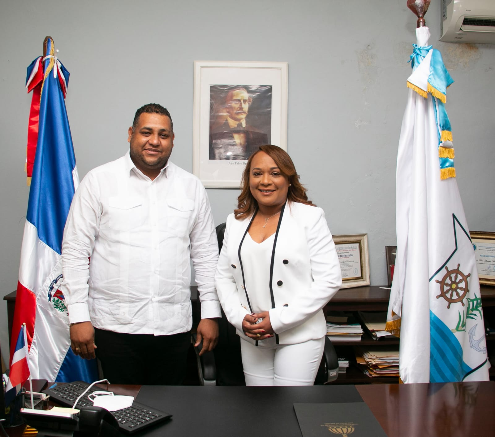 Alcalde Raymundo Ortiz resalta primer año de gestión de gobernadora Aracelis Villanueva